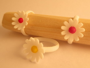Daisy Ring Size 7 - 17.2mm in White Strong & Flexible