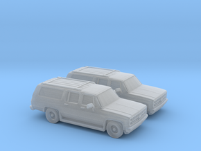 1/160 2X 1986 Chevrolet Suburban in Frosted Ultra Detail