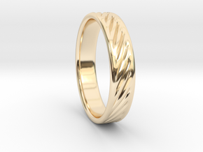 Hollow lines Ring in 14K Gold