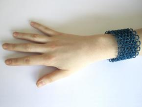 Stitch Bracelet - M in Blue Strong & Flexible Polished