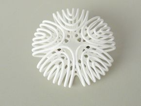 Sonic brooch in White Strong & Flexible