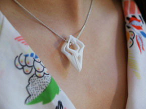 """""""head to head,heart to heart"""" HEARTRONIC, pendant in White Strong & Flexible"""