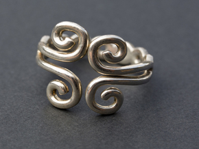 4 Spirals Ring in Polished Silver
