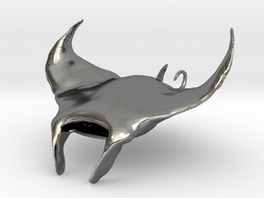 Manta Ray pendant in Polished Silver