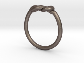 Infinity Knot-sz17 in Stainless Steel
