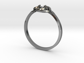 Bague Solitaire in Polished Silver