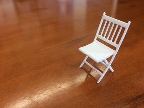 1:24 Wood Folding Chair in White Strong & Flexible