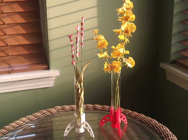 *test tube vase holder rocket 25mm 3d printed white SF at left, red SF at right