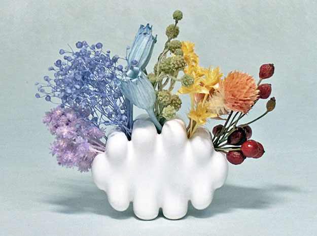 Palm-sized Cloud Vase 2