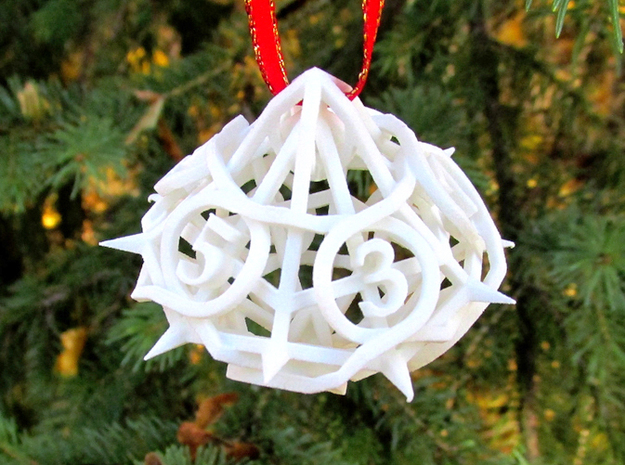 Thorn Die10 Ornament 3d printed In White Strong & Flexible