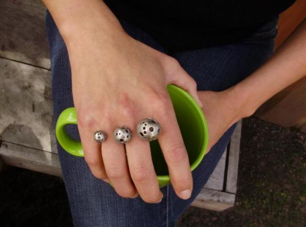 Triple Moonball Ring 3d printed coffee cup