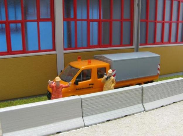 HO/1:87 Jersey barrier 3m 3d printed Diorama (delivery without figures, car model etc.)