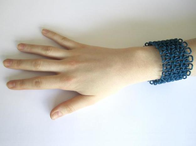 Stitch Bracelet - M 3d printed In Situation - 2nd view