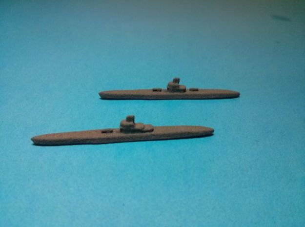 Type IX U-boat x8 1/1750 3d printed Painted in dark grey base coat. Models sold unpainted