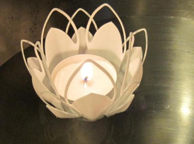 Tea-light - Flower 3d printed floating on water