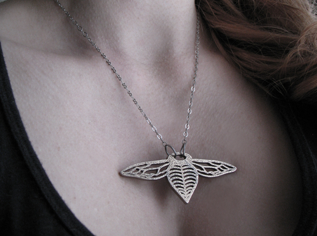 Bee Drop Necklace Smaller 3d printed