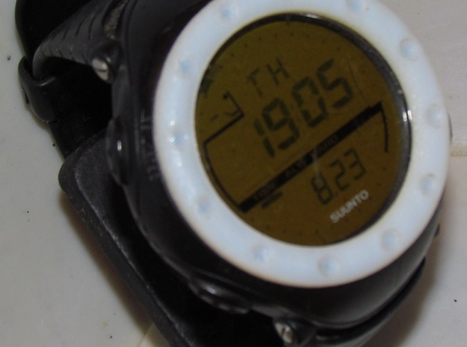 The bezel installed on my Suunto Altimax.