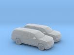 1/144 2X 2013 Cadillac Ecalade