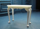 1:24 Fancy Queen Anne Console Table, Medium