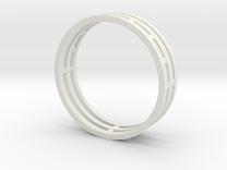Nice modern ring : symmetrie at work in White Strong & Flexible