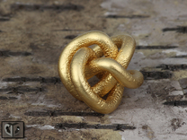 Pendant Continuous Knot in Matte Gold Steel