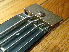 Kramer Duke 5-string Nut in Stainless Steel
