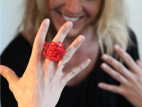 Open SquareRing size 8 in Red Strong & Flexible Polished