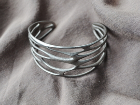 Cuff 'Stretched Quaders'  in Polished Nickel Steel