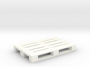 1/24 Europallet in White Processed Versatile Plastic