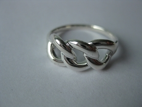 Ring of Beauty in Fine Detail Polished Silver
