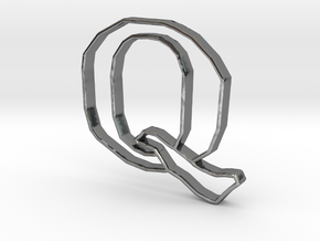 Typography Pendant Q in Fine Detail Polished Silver