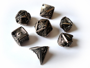Stretcher Dice Set With Decader in Stainless Steel