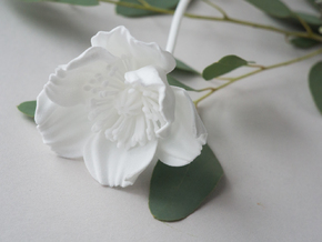 Poppy No. 4 in White Natural Versatile Plastic
