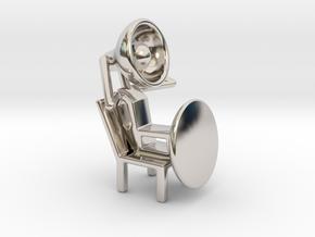 Lala - Relaxing in chair - DeskToys in Platinum