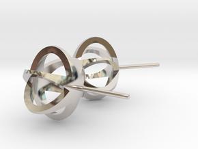 3D STAR GLITZ STUD EARRINGS in Platinum