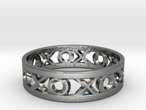 Size 8 Xoxo Ring in Fine Detail Polished Silver