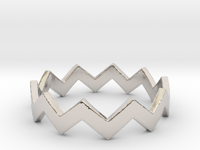 Zig Zag Wave Stackable Ring Size 7 in Rhodium Plated Brass