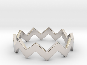 Zig Zag Wave Stackable Ring Size 6 in Platinum