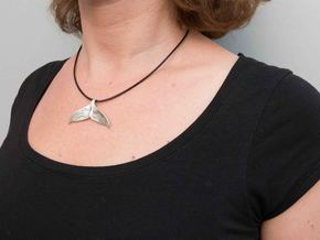 Whale Tail Pendant in Fine Detail Polished Silver