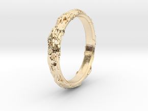 Ring of hands in 14k Gold Plated Brass