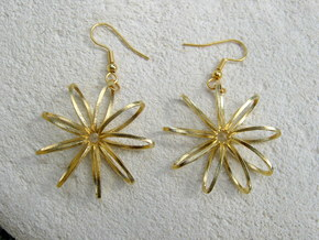 Nine Moebius Star Earrings in Natural Brass