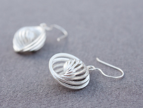 Concentric Earrings in Natural Silver