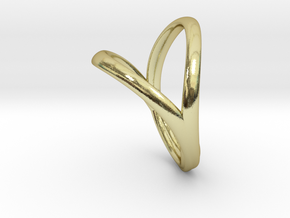 Union Heart Ring  in 18k Gold Plated Brass: 10 / 61.5