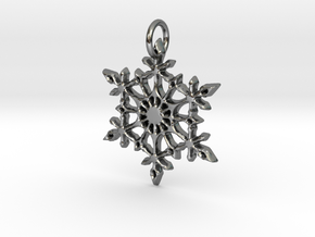 Snowflake in Fine Detail Polished Silver