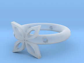 The ring of four leaves in Smooth Fine Detail Plastic