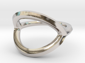 Arched Eye Ring Size 5 in Platinum