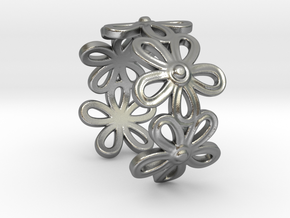 Daisy Ring in Natural Silver