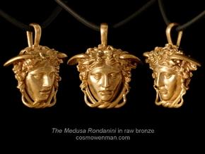 Medusa Rondanini, mini pendant in Natural Brass