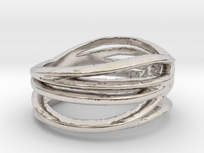 Simple Classy Ring Size 8 in Rhodium Plated Brass