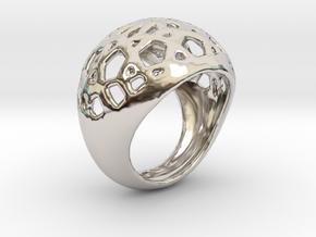 Jali Ring in Rhodium Plated Brass